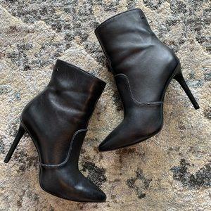 MICHAEL Michael Kors Blaine Ankle Booties